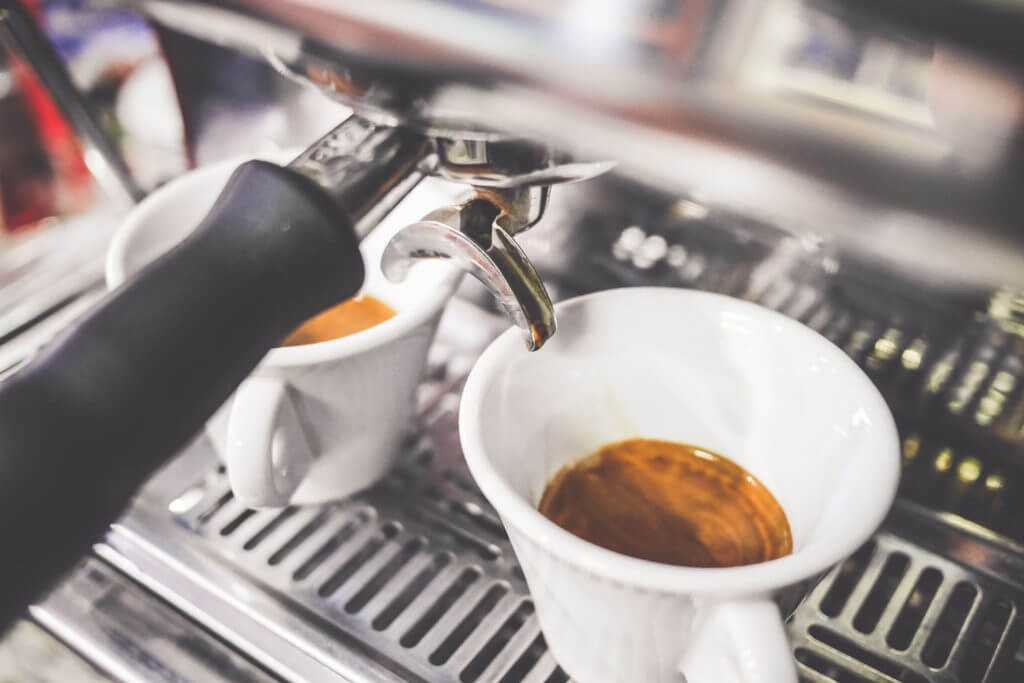 Espresso-machine-fresh-coffee
